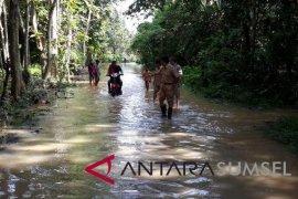 Warga tiga kecamatan di OKU diimbau mewaspadai bencana alam banjir