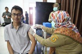 Cegah difteri, ribuan mahasiswa IPB lakukan imunisasi