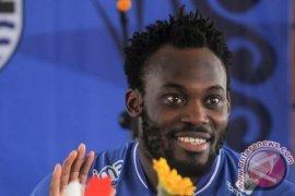 Essien sebut membela Persib jadi pengalaman terindah dalam kariernya
