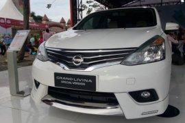 """Nissan masih """"pede"""" jualan Grand Livina"""