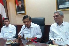 Gubernur Pastika setuju penghentian internet saat Nyepi (video)