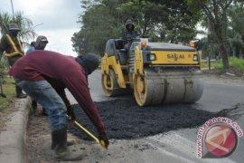 Pengembang Taman Royal janji perbaiki kerusakan jalan yang dikeluhkan warga