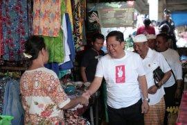 """Cagub Rai Mantra lakukan """"blusukan"""" ke pasar tradisional Tabanan"""