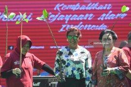 Megawati Kampanye Konservasi Lingkungan Bareng Risma dan Puti