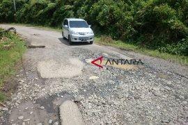 Pemprov Bengkulu segera perbaiki kerusakan jalan daerah
