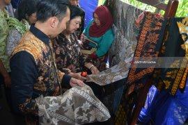 Kunjungan Keluarga Mantan Presiden SBY di Mojokerto