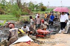 Presiden tinjau daerah bencana dan lokasi pengungsian