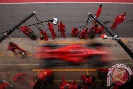 Ferrari didenda 50 ribu euro setelah mekaniknya cedera
