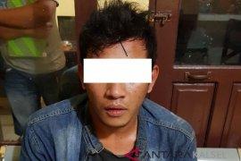 Pemuda Mabuk Berusaha Serang Polisi Diamankan