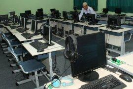 Disdik Kota Gorontalo: Kebutuhan Komputer UNBK SMP Terpenuhi