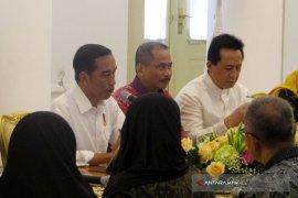 Jokowi Terima Komunitas Muslim Fashion (Video)