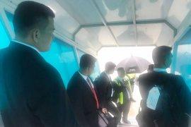 Kedatangan Presiden ke Singapura Disambut Hujan Deras (Video)