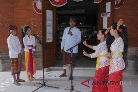Dinas Kebudayaan Gianyar bangkitkan cinta bahasa Bali