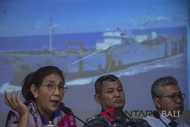 Penangkapan Kapal Buronan Interpol