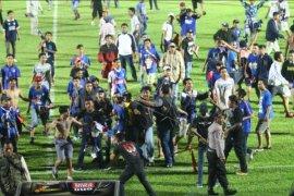 Ricuh Arema FC - Persib Bandung