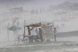 BMKG umumkan terjadi topan Fani, 800.000 warga India dievakuasi