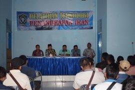 Nelayan Lumajang Dapat Pelatihan Teknologi Penangkapan Ikan Ramah Lingkungan