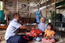 IKT bagikan paket sembako ke warga miskin
