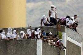 Keributan massal di sebuah penjara Venezuela tewaskan 17 narapidana