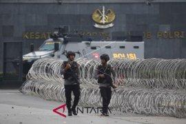 Bripka Iwan Sarjana yang disandera narapidana teroris bebas