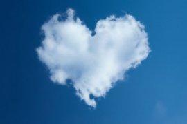 Mengapa perasaan cinta penting untuk diungkapkan?