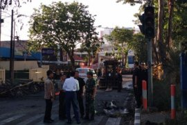 """Kunjungan dadakan karena ledakan demi """"Surabaya melawan"""""""