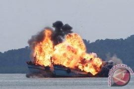 Mantan legislator Bambang Haryo  dukung kebijakan penghentian penenggelaman kapal