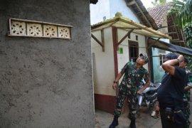 Korem 061/Suryakancana membantu masyarakat renovasi mushola