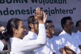 Kejutan ultah Menteri Rini saat pelepasan mudik bareng
