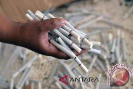 Pemerintah dinilai tidak tegas atur iklan rokok