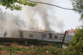 Gerbong Kereta Pembangkit di KA Gajayana Terbakar di Nganjuk