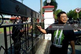 Penggeledahan Ruang Pejabat Pemkot Blitar Dilakukan KPK (Video)