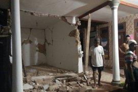 Pemprov Jatim Kirim Bantuan dan Dirikan Posko Warga Terdampak Gempa Sumenep