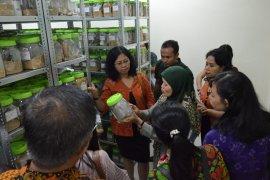 Mahasiswa-Dosen Unud kunjungi BB Biogen Bogor