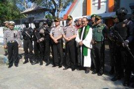 Polres dan Kodim Jember Siagakan Pengamanan Berlapis di Gereja