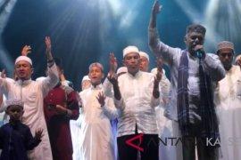 Video - Halal bihalal Warga Daha bersama Buya Ridha dan Haddad Alwi