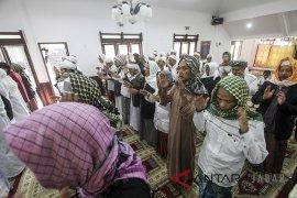 Salat Idul Fitri Tarekat Naqsabadiyah