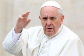 Paus Fransiskus mengkritik kebijakan pemerintahan Donald Trump