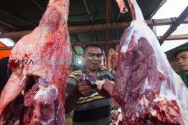 beranda - warga harap harga daging turun rp100 ribu/kg