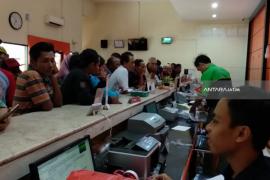 Penarikan Remiten TKI di Tulungagung Alami Gangguan (Video)