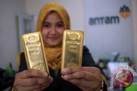 Harga emas Antam Rp801.000 per gram.