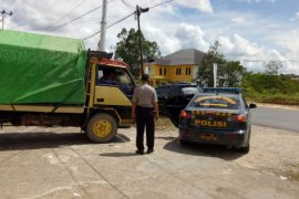 KPU Sanggau distribusi logistik pilkada tiga kecamatan