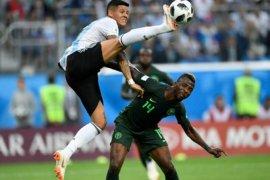 Argentina lega, lolos ke 16 besar Piala Dunia