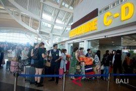 Bandara Ngurah Rai dibuka kembali