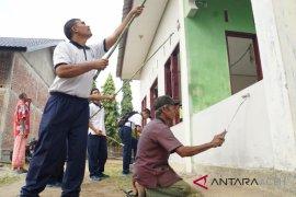 Karya Bakti Lanal Lhokseumawe renovasi rumah ibadah