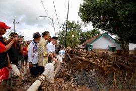 Anas: Penyebab Banjir Bandang Banyuwangi Bukan karena Pembalakan Liar (Video)