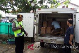 KPU Purwakarta terima ribuan dus berisi surat suara