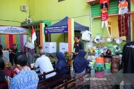 Dua TPS di Bojonegoro Sediakan Hadiah (Video)