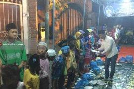 Legislator Santuni Ratusan Anak Yatim dan Janda di Surabaya