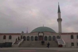 Austria akan usir puluhan imam terkait UU tentang Islam
